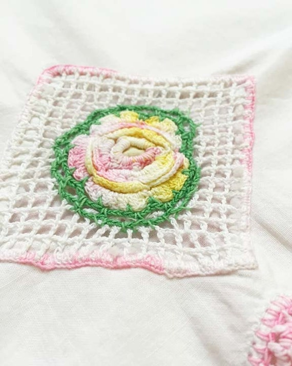 Vintage Crotched Flower Pillowcase in Pink and Green
