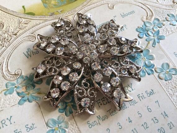 Love flower wedding bridal rhinestone crystals brooch pin, rhinestones brooch, crystals brooch, bridesmaids gift