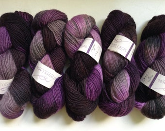 30% Off Lorna's Laces Haymarket Hand Dyed Blue Leicester Yarn Worsted Purple 215 Yards