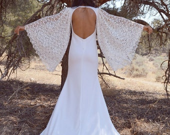 Guipure Crochet Angel Sleeves Lace Backless Jersey Hippie Boho Wedding Dress With Train Saldana Vintage Bell Flare Sleeves