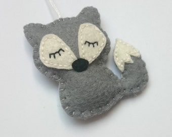 Felt wolf ornament -  Christmas home decoration with woodland animals eco-friendly decor for nature themed Baby shower