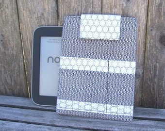 eReader Sleeve - handmade tablet carrier - Simple Touch case - Nook case - Kindle cover - journal holder - small travel case - black white