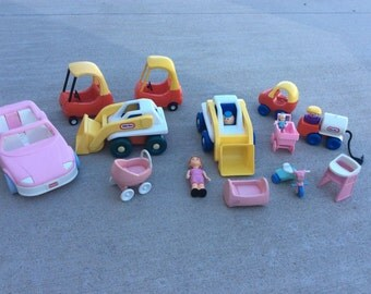 Vintage Little Tikes Dollhouse Furniture Accessories Lot car tractor people