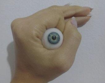 Occhi finti