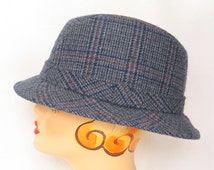 Yupoon Blue Plaid Fedora Hipster Hat Men's Fashion size large Mad Men Blue Wool Blend Trilby in excellent vintage condition.
