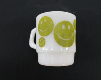vintage white glass green smiley face happy face coffee mug