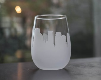 Etched New Orleans, Louisiana  Skyline Silhouette Wine Glasses or Stemless Wine Glasses