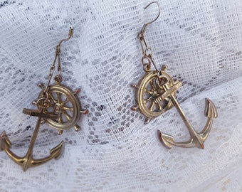 "3"" Vintage 80s nautical anchor ships wheel anchor gold tone mod filigree seaside oceanic dangle earrings costume jewelry"