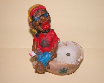 Rare Collectable Hand Painted Figurine Ceramic Ashtray