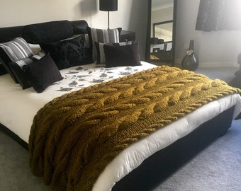 Sage Gold Cabled Throw