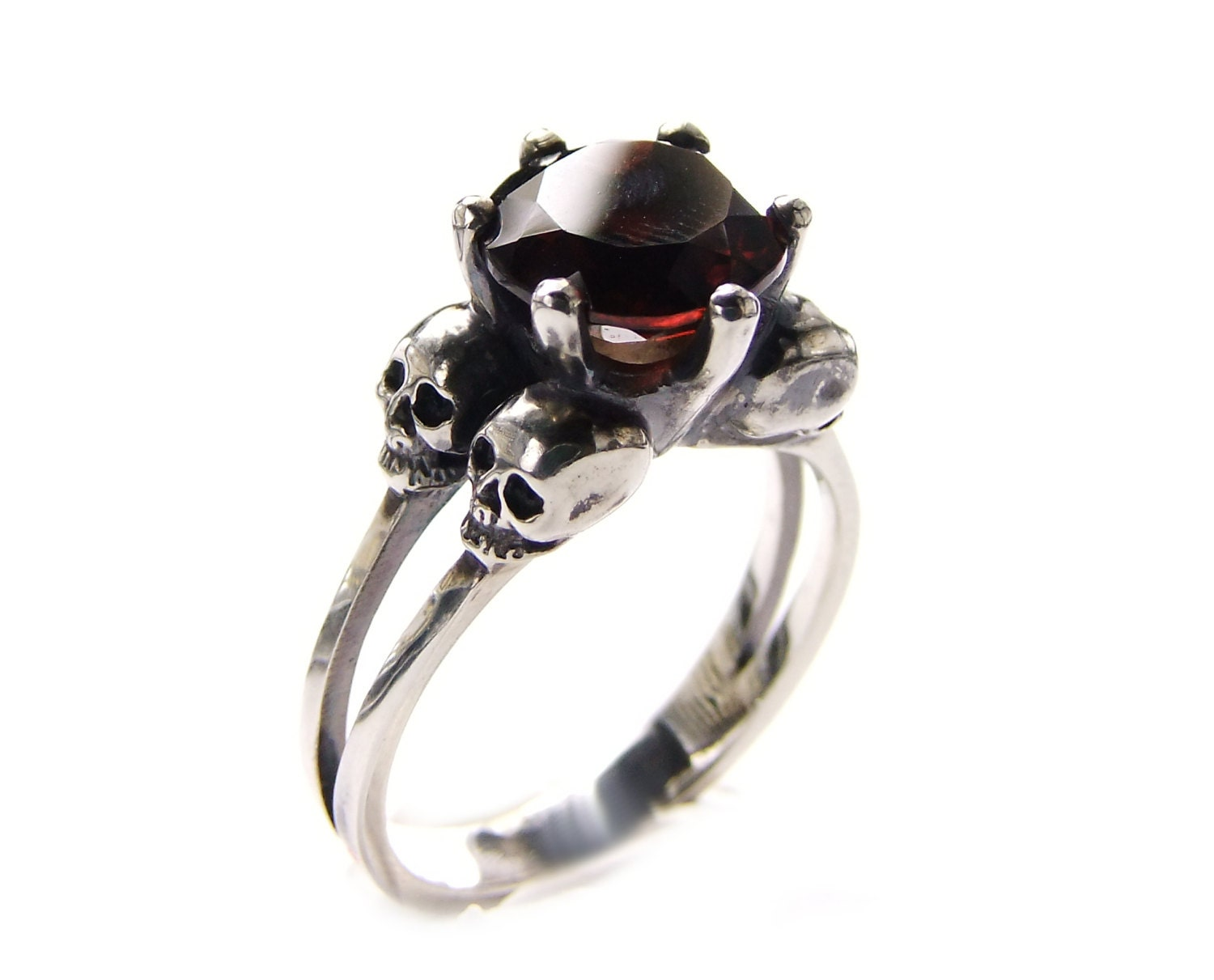 double skull wedding ring with red garnet in sterling. Black Bedroom Furniture Sets. Home Design Ideas