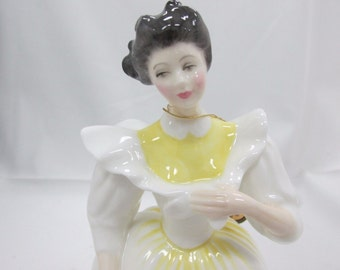 1988 Royal Doulton September Lady - Figure of the Month September # HN 3166 - Peggy Davies, Orig Tag Intact - Vintage - Gorgeous!