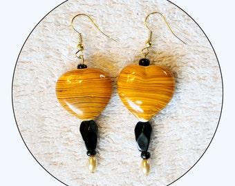 Yellow and Black, Yellow Earrings, Black Earrings, beaded earrings, long earrings, chic danglers, modern jewelry, accessories, Item #YBE-01