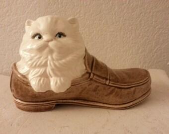 Ceramic Kitty in a Shoe Figurine