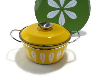 Vintage 1-1/2 Quart Cathrineholm Yellow Lotus Covered Dutch Oven * Stock Pot