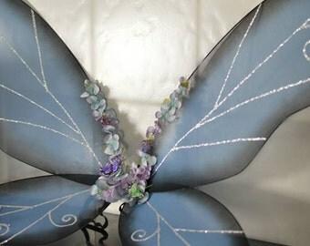 Fairy wings (Tinkerbell, Flower fairies etc)