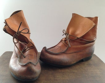 Vintage leather boots Sami leather boots Camel brown genuine leather boots Scandinavian beakboots