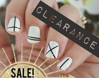 CLEARANCE - Gold Thin Stripes Nail Decals - 50% OFF