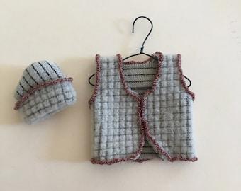 Dollhouse Miniature Brown Vest and Hat  (JL)