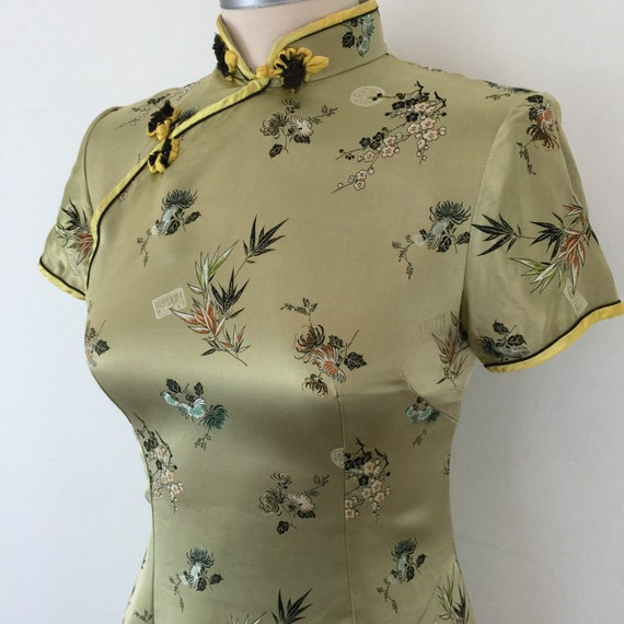 Vintage cheongsam dressgold satin dragon embroidered oriental fabric plus size UK 8 long fitted classic mandarin damaged