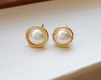 Whie Pearl Wire Wrapped Stud Earrings