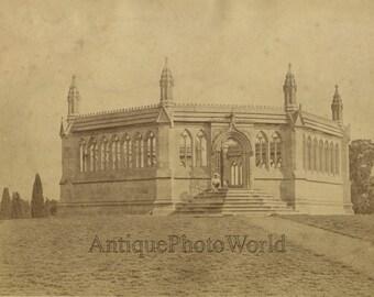 Kanpur Cawnpore India Memorial Well antique albumen photo