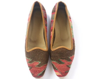 Kilim shoes. US size 7 (EU size 37)