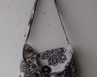 SALE -  Vintage Floral Shoulder Bag,Purse,Handbag,Tote,Messenger Bag,College Bag
