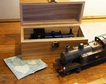 Model Locomotive Storage and Carriage Box
