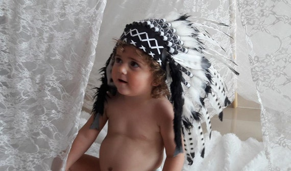 From 2-5 years Kid / Child's: Black and White  Indian Headdress 20,5 inch. – 52 cm
