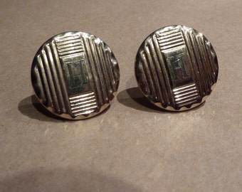 """Vintage Men's cuff links monogrammed with the letter """"H"""""""