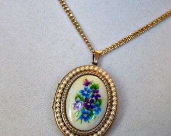 SALE Vintage Avon Flower Enamel Locket  NOW 69.00 WAS 89.00