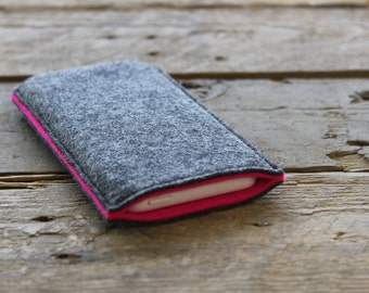 iPhone Sleeve / iPhone Cover / iPhone Case in Mottled Dark Grey and Hot Pink 100% Wool Felt