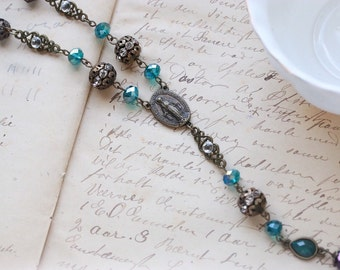 Flirty Short Rosary-Style Beaded Necklace// Y necklace jewel tones teal faceted glass beads sparkle romantic gothic neo victorian rosary
