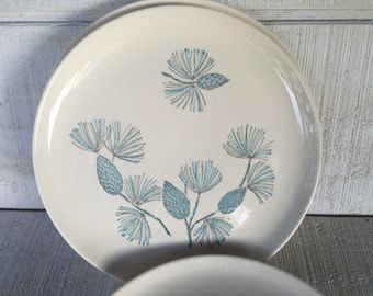 Vintage Blue Spruce china, mid century dinner plate, Marcrest Stetson Blue Spruce dinner plates, atomic kitchen, blue and white plate