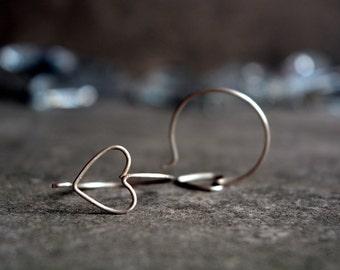 Silver heart earrings, Silver wire earrings, Heart hoop earrings, Argentium silver hoops, Romantic jewelry, Love earrings, Handmade