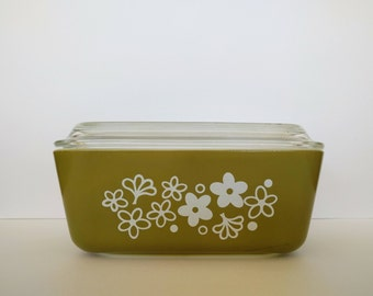Spring Flowers pyrex refrigerator dish with lid