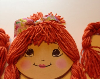 Doll face bow holder