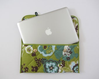 13 inch handmade green floral quilted Laptop Case