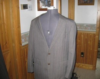 Vtg Gray Pink pinstripe Palm Beach  40 R 2 piece wool  suit Peak lapel  Gray union made  with mauve stripes sweet vtg free ship