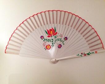 "Hand fan ""Hungarian flower"""