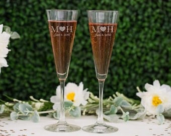 Personalized Trumpet Champagne Glasses - (Set of TWO) Custom Engraved Toasting Flutes - Couples Wedding Gift - Bride & Groom Engagement Gift
