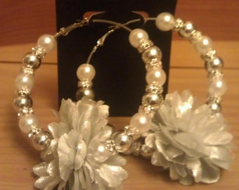 White and silver flower earrings