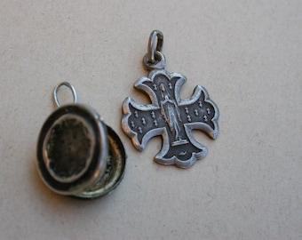 Beautiful Rare 19th century antique  sterling silver Reliquary loceket  miniature  pendant engraved Notre dame de lourdes cross Lys flower