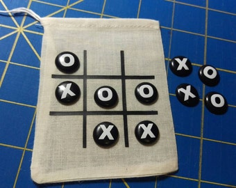 Travel tic tac toe game