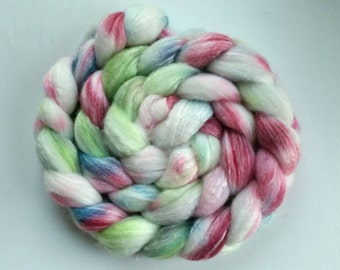 Sale - Hand dyed Merino / Bamboo Comb Top - Roving for spinning or felting - Dandelions & Daisies - 4 ounces