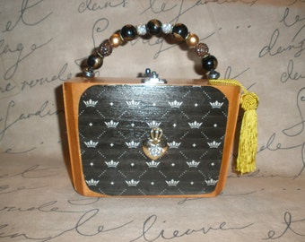 New, Authentic, Tampa Fuente Upcycled Crown Cigar Box Purse- Darling!