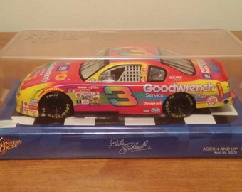 Peter MAX great shape  Dale-Earnhardt-3-2002-Chevy--1-24-Winners-Circle -M-1-24-Winners-Circle  Dale-Earnhardt-3