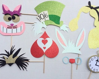 Alice in Wonderland Inspired Photo Booth Props ; Disney Birthday Party ; Tea Party Photobooth props