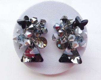 Black earrings - black jewellery - black and silver earrings - stud earrings - fall jewellery - triangle jewelry